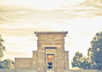 Fotografo-de-Bodas-en-Madrid-Preboda-Templo-DebodSergio-y-Natalia010